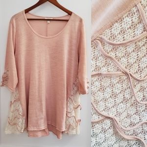 Umgee | M pink tunic with lace details long sleeve